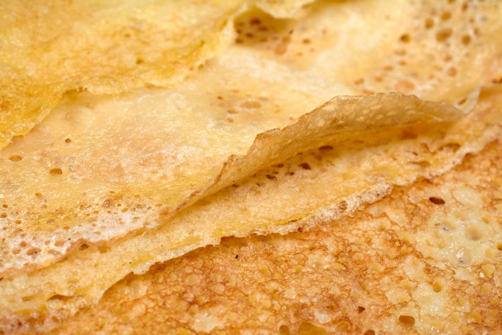 Filloas rellenas de grelos — Recetas — Omnivoraz